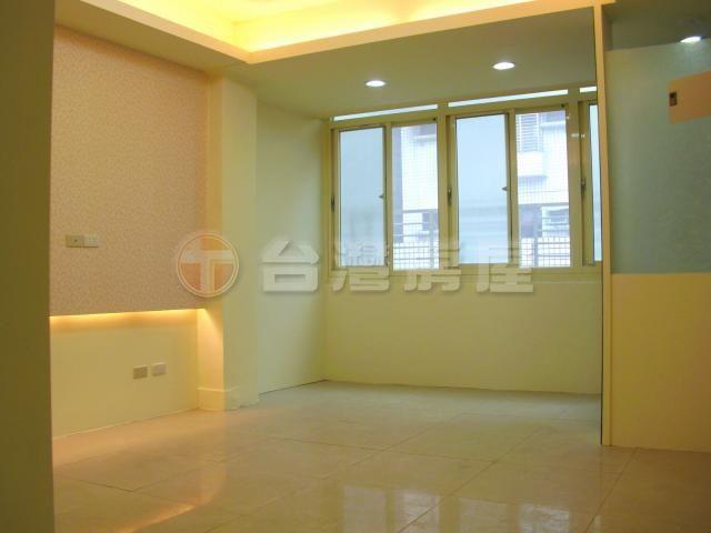 台灣房屋 - 買屋 - 重陽邊間裝潢三房